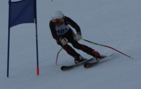 Photos: Alpine Skiing competes