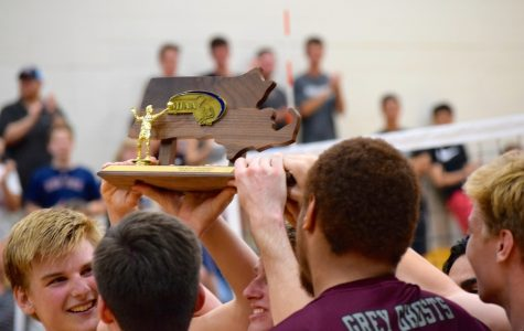 WA Boys' Varsity Volleyball wins North Championship tournament