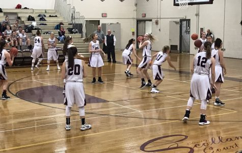 Girls' basketball defeats Wayland Knights 60-34