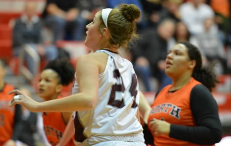 Girls' Basketball advances to D1 central finals