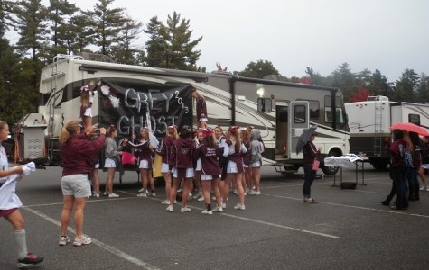 Photos: Students enjoy annual tailgate