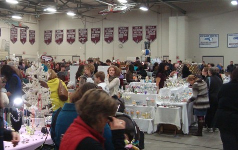 Holiday Bazaar Holds Up Traditions