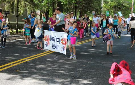 Girl Scouts in the Apple Blossom Parade