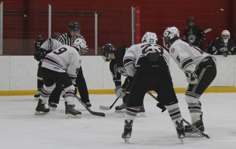 Boys' hockey dominated by Chelmsford
