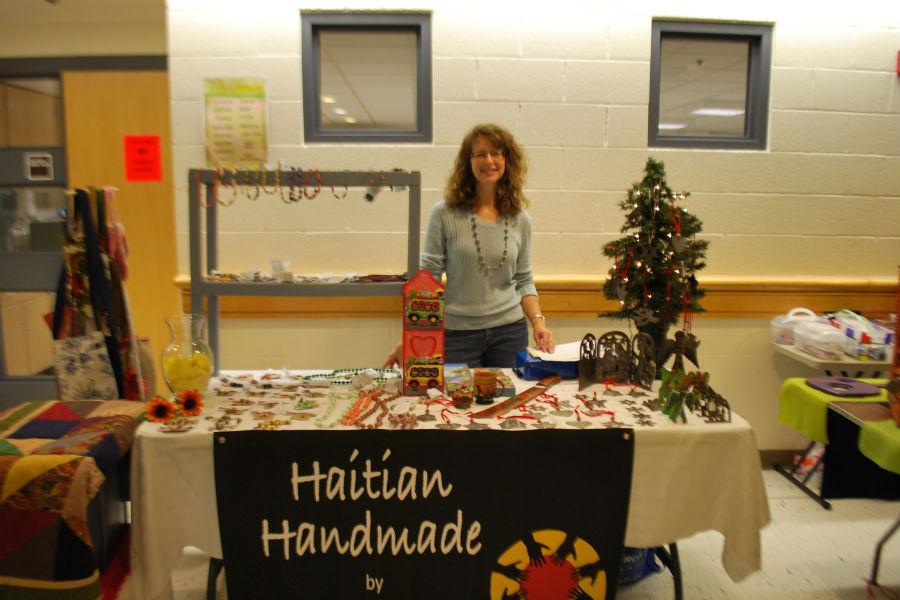 Jacqui+Dion+representing+Servants+for+Haiti