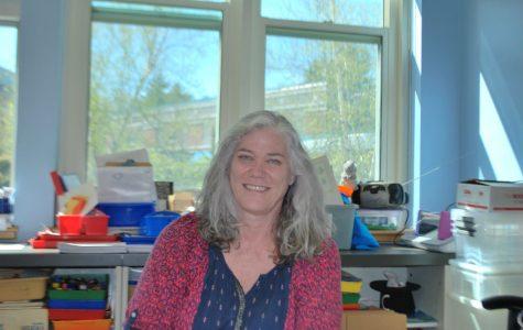 Kindergarten teacher advises students to stay passionate