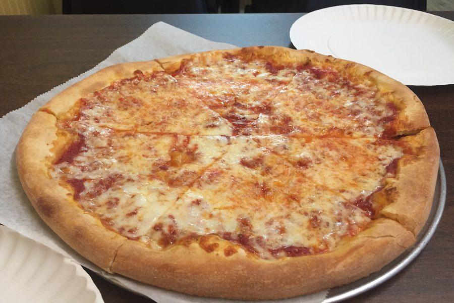 A+medium+cheese+pizza