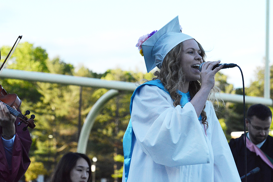 Gill+Limbert+passionately+sings+%22There+Ain%27t+no+Mountain+High+Enough%22+to+her+classmates.