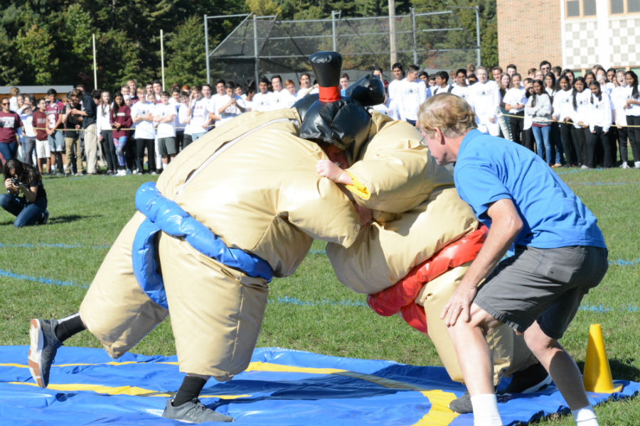 A+junior+and+a+sophomore+compete+in+sumo+wrestling