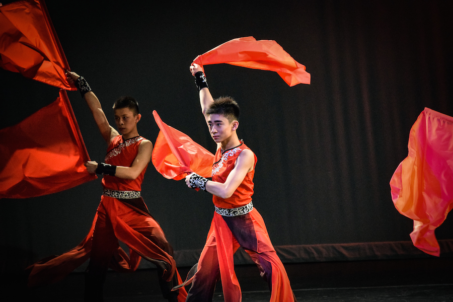 Boston%27s+Chinese+Folk+Art+Workshop+performs+%22Ode+to+Gallantry%22+dance.