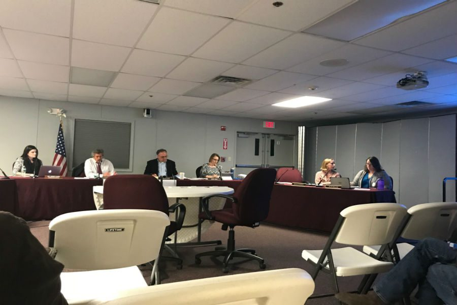 School Committee passes distance learning plan
