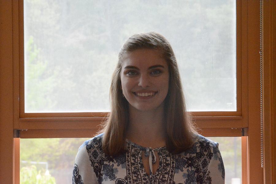 Senior Danielle Sawka