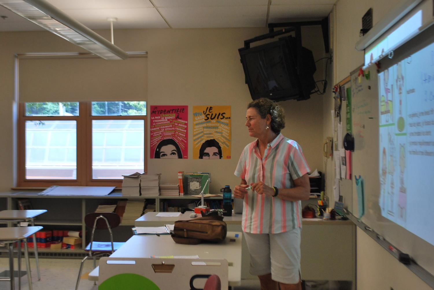 Lizette Greaves teaches her F block french class