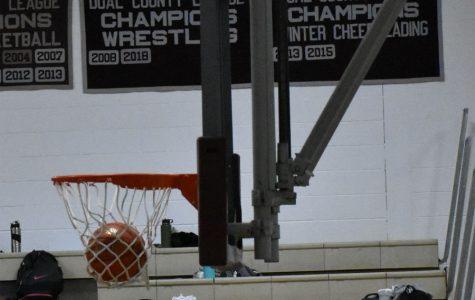 WA Boys' Basketball wins hard fought game against Wayland