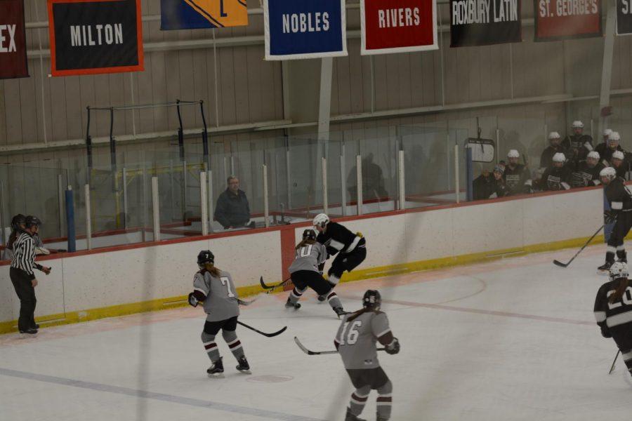 Freshmen+Brittany+Iversen+fighting+for+possession.