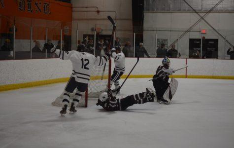 Boys' hockey ends their season after a devastating game