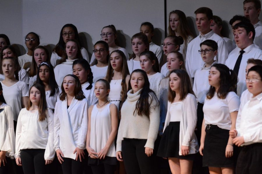 Stony+Brook+school%27s+7th+and+8th+grade%27s+chorus+singing+%22Alice%27s+Theme%22+by+Elfman+and+arr.+by+Mac+Huff.+