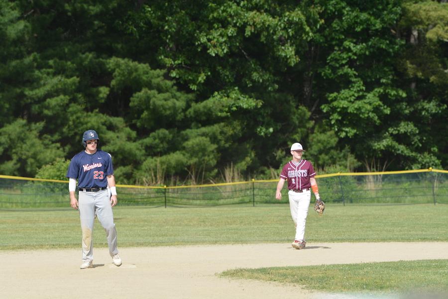 Senior+Christopher+Zeoli+at+second+base.