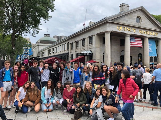 Spanish+exchange+students+and+their+WA+host+partners+pose+for+a+picture+during+their+field+trip+to+Boston.