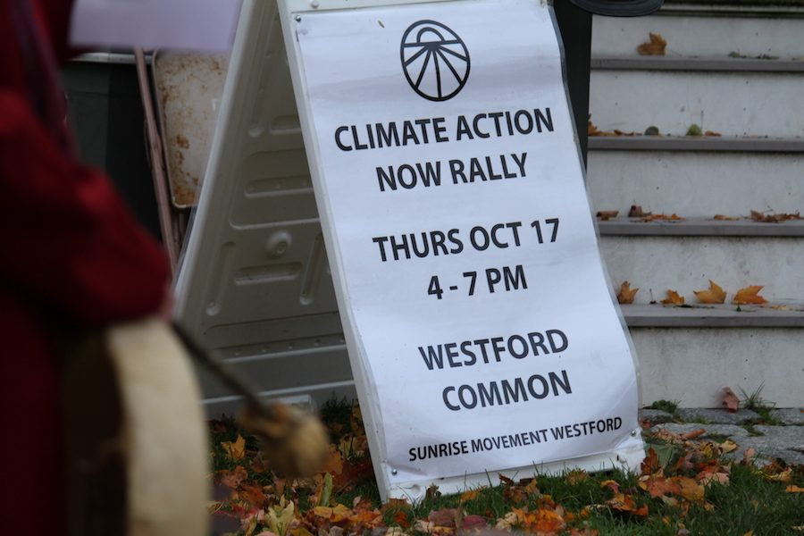 The+climate+change+rally%2C+held+on+the+town+common+on+17+October.