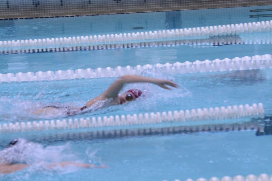 WA girls compete in freestyle.