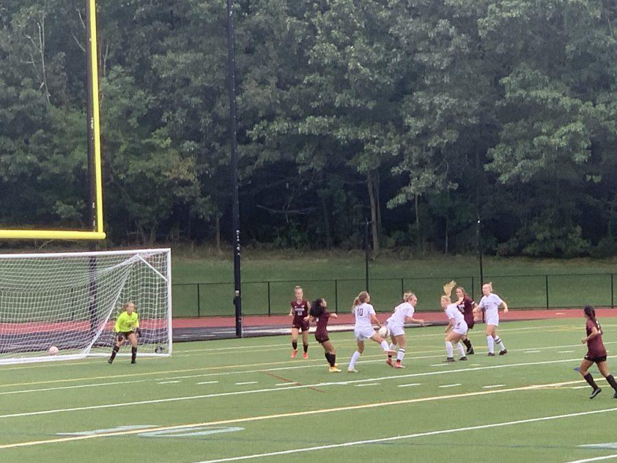 WA Girls Soccer wins 1-0 against Weston