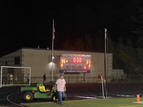 WA thrives against Concord Carlisle and wins 35-21.