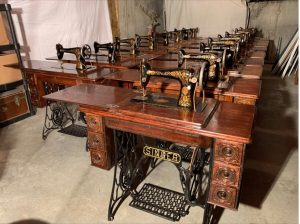 Scullys compilation of Singer sewing machines from 1800s to 1900s
